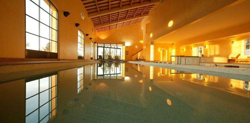 H tel domaines de saint endr ol h tel de charme la motte for Reservation hotel paca