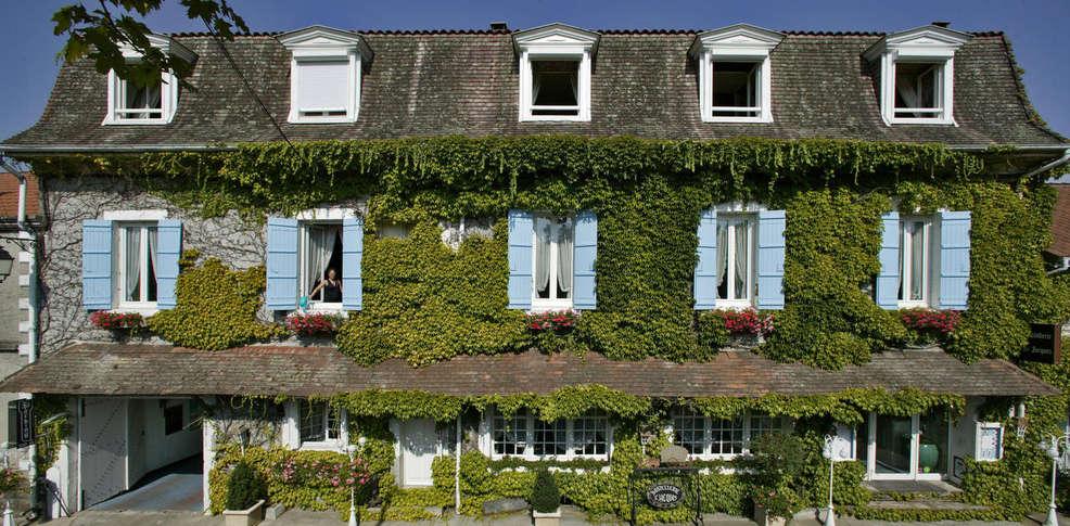 Hostellerie Saint Jacques  - Façade