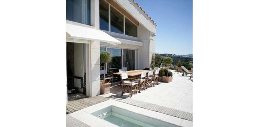 H tel la villa blanche h tel de charme marseille 13 - Villa blanche marseille ...
