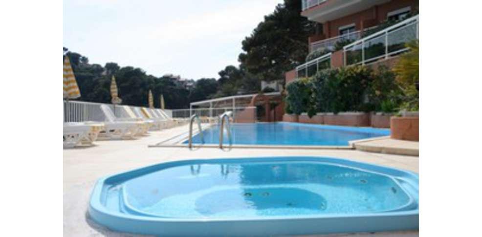 H tel la calanque h tel de charme cavalaire sur mer - Reserver une chambre d hotel pour une apres midi ...
