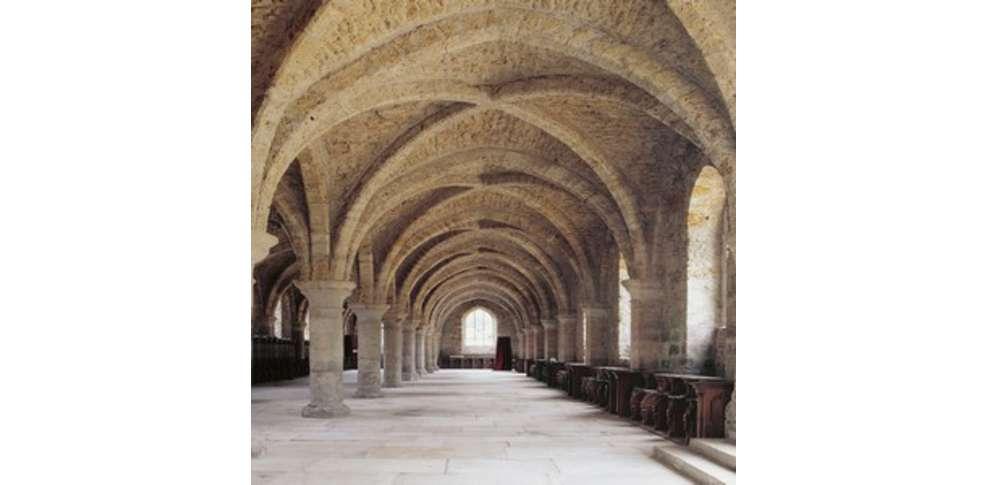 Abbaye des vaux de cernay hotels particuliers h tel de for Abbaye des vaux de cernay piscine