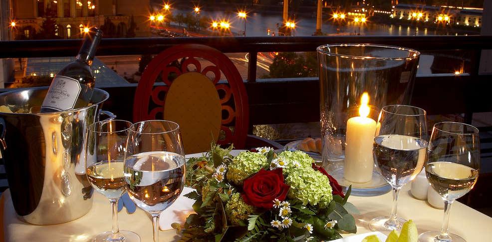 President hotel prague charmehotel praag for Dinner on the terrace