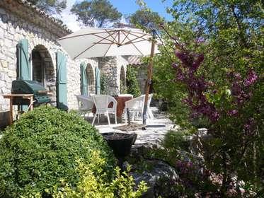 D co petit jardin restaurant montpellier 39 petit - Petit jardin montpellier creteil ...