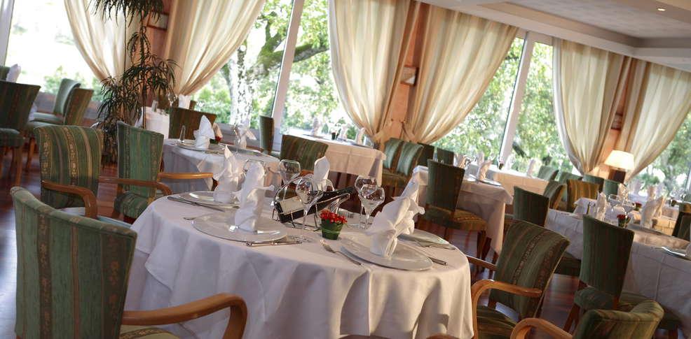 H u00f4tel Orée du Bois& Spa Vittel, h u00f4tel de charme Vittel # Hotel Oree Du Bois Vittel