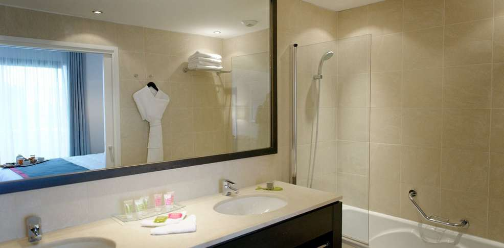 Magasin salle de bain marseille id es de for Salle de bain marseille