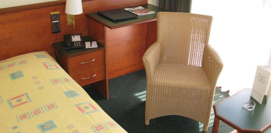 Best Western County House Hotel -