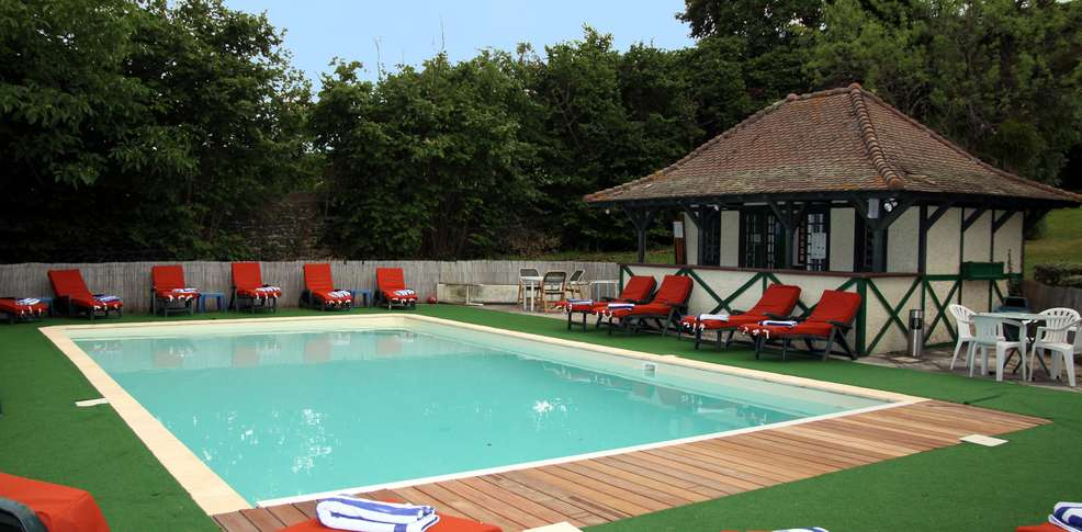 Quality hotel saint martin h tel de charme p rignat les for O piscines de martin saintes