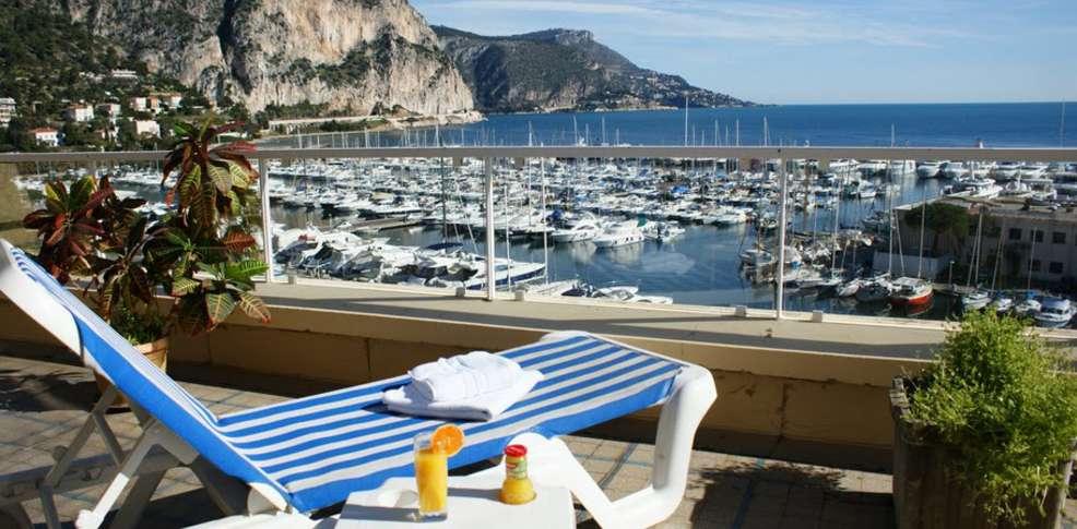 H tel frisia h tel de charme beaulieu sur mer for Reservation hotel paca