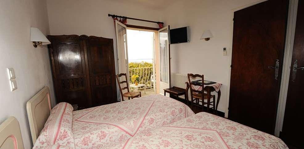 H tel belle vue charmehotel le lavandou - Chambre thema parijs ...