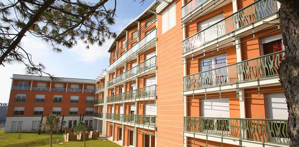 H tel le valentia h tel de charme valence for Hotel design valence