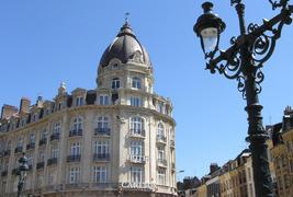 Hôtel Carlton   -