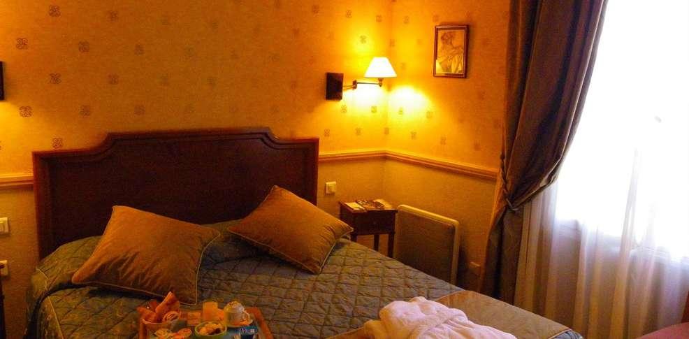 h tel poussin h tel de charme paris. Black Bedroom Furniture Sets. Home Design Ideas