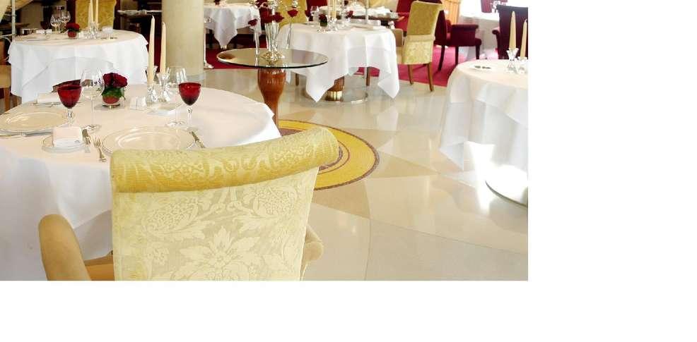 Casino 2000 restaurant les roses