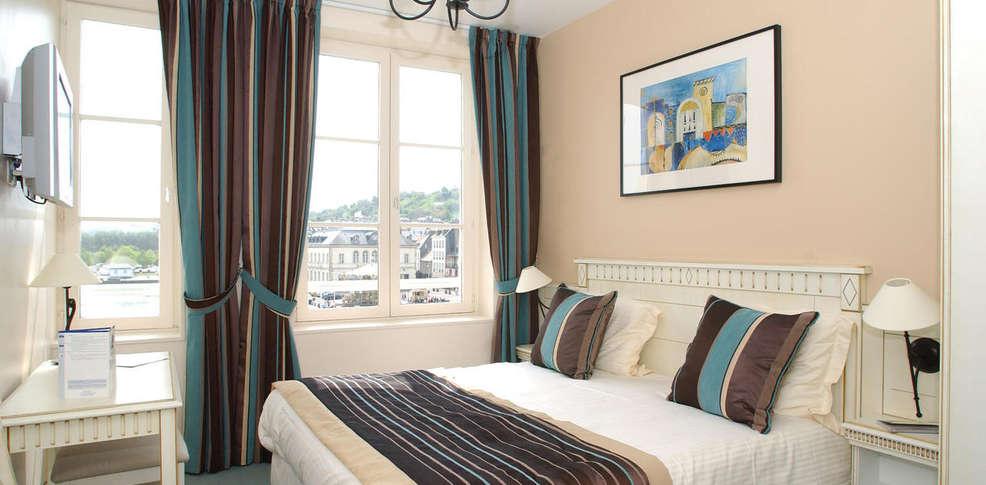 Hotel best western cheval blanc charmehotel honfleur - Chambre thema parijs ...