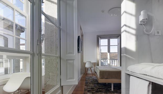 Kp decor studio pazo altamira hotel for Altamira muebles