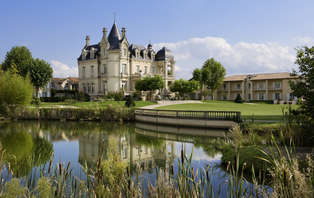 Offre Spéciale: Week-end détente & spa en suite duplex dans un château**** à Saint-Emilion