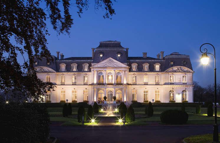 H tel ch teau d 39 artigny h tel de charme montbazon for Hotel luxe france