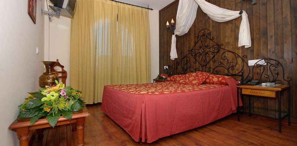 Hotel castillo bonav a h tel de charme zaragoza - Hotel castillo de ayud ...