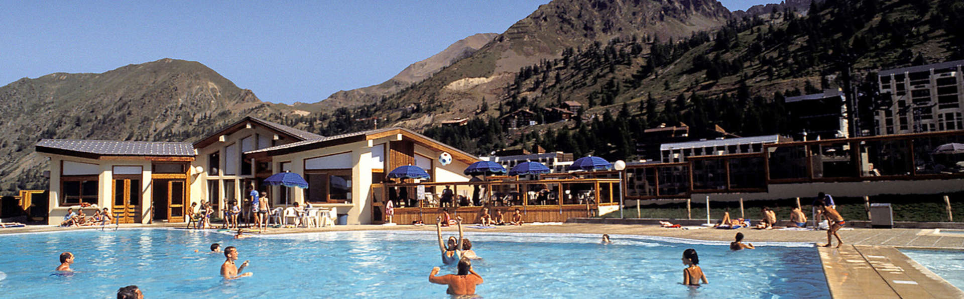 Week end montagne isola avec pension compl te pour 2 for Piscine isola 2000