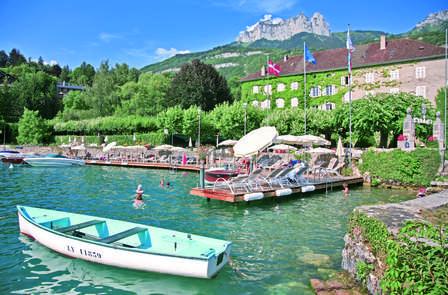 Week-end avec dîner gastronomique dans une somptueuse demeure historique, au bord du Lac d'Annecy