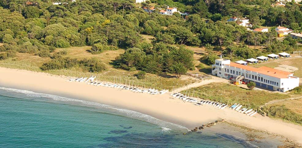 Hotel la r sidence du yacht club charmehotel l 39 ile d 39 yeu - Yacht club ile d yeu ...