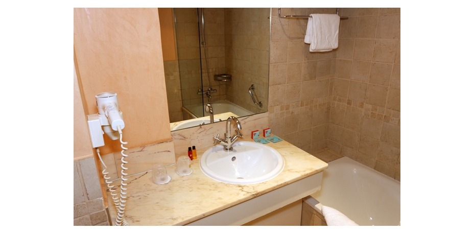 Best Western Htel Riviera - Salle de bain standard
