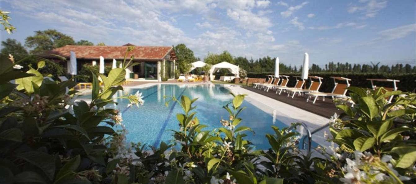 Relais Villa Abbondanzi - Outdoor swimming pool