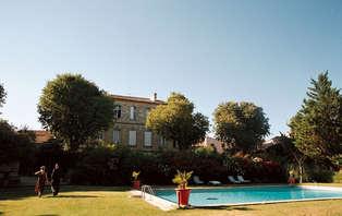 Oferta especial de verano: escapada  con encanto en un castillo cerca de Nimes