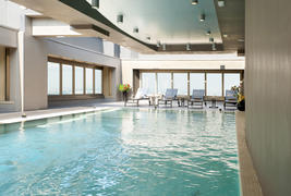 The Hub Hotel - Piscine intrieure