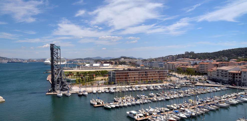 Foyer Du Marin Hotel Toulon : Week end la seyne sur mer découverte dans