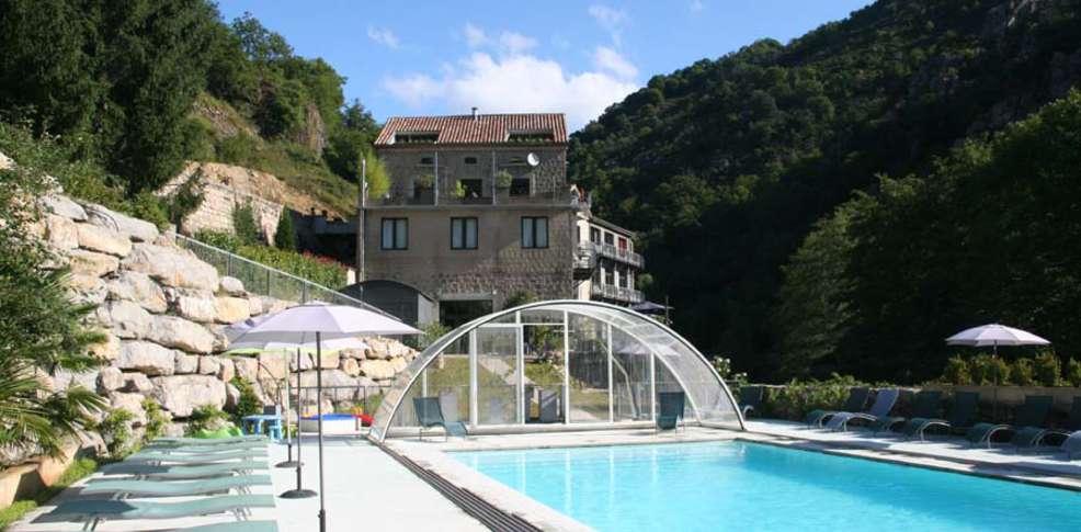 Week end montagne vals les bains partir de 344 for Piscine 02 peronne