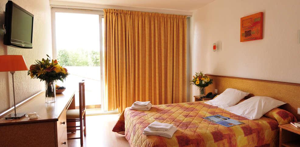 Hotel le domaine du mas blanc charmehotel alenya - Chambre thema parijs ...