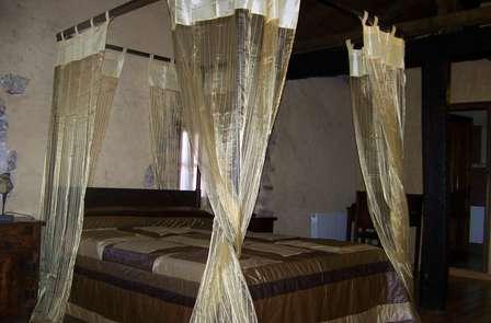Escapada romántica en Suite con toque Medieval (Mínimo 2 noches)
