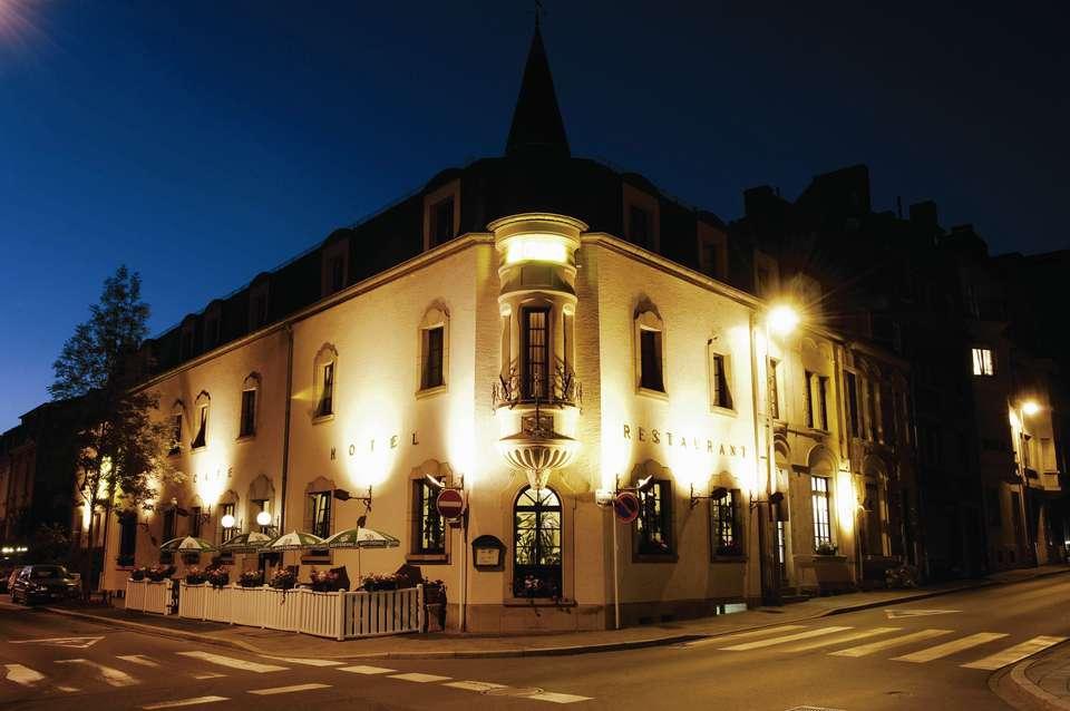 Hôtel Le Chatelet - Facciata