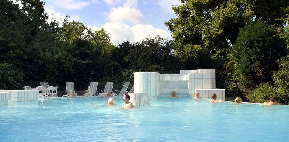 H tel mondorf domaine thermal h tel de charme mondorf for Piscine les thermes luxembourg