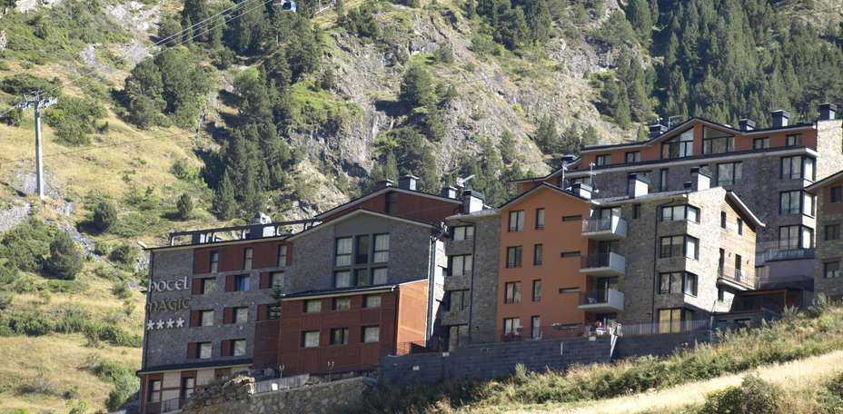 Hotel y Apartamentos Magic Canillo - 