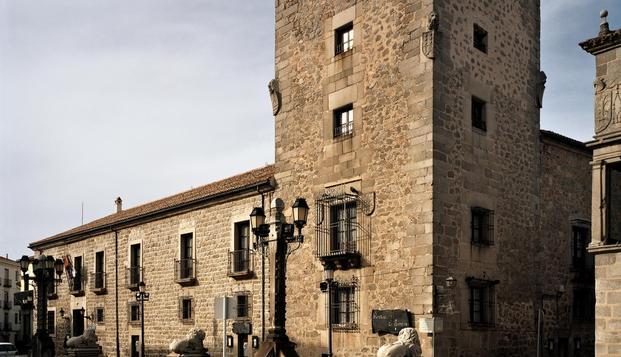 Especial Palacios: Enamorados de lujo en Ávila en Weekendesk por 79.00€