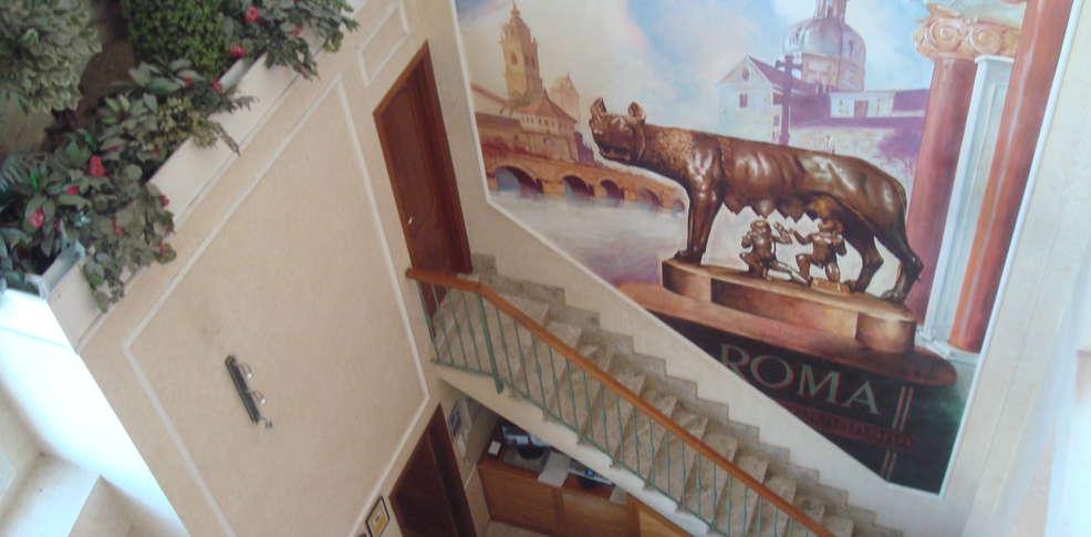 Hotel Roma Aurea -