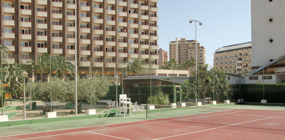 Hotel Rosamar Benidorm - Terrain de tennis