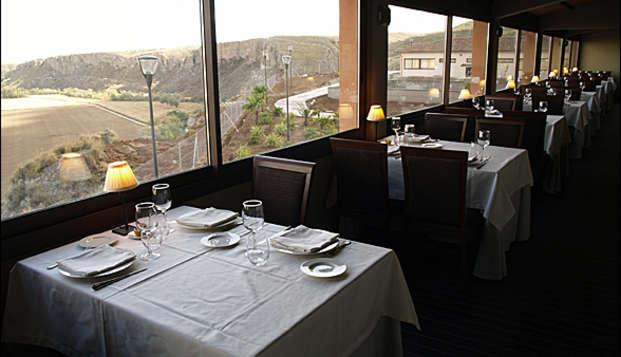 Promoción Limitada: Escapada romántica con cena cerca de Madrid en Weekendesk por 69.00€