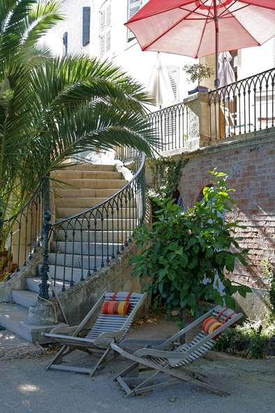 L'Enclos - enclos_terrasse.JPG
