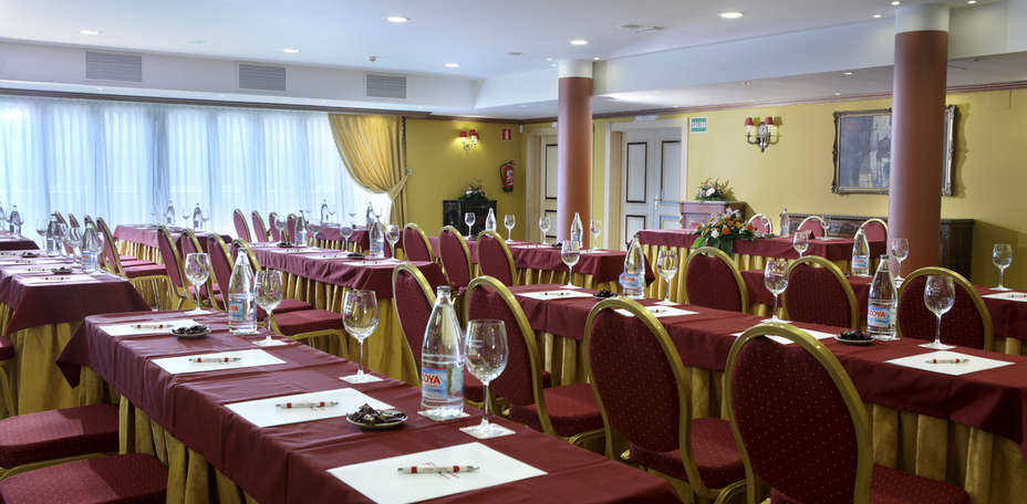 Hotel Foxa Valladolid - 