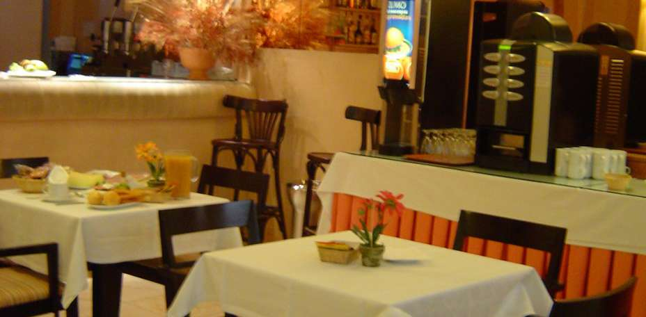 Hostal Laris -