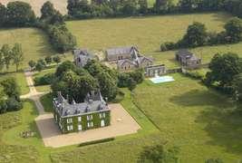 Château des Lutz - Aerial view