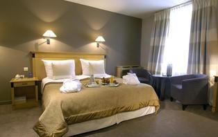 Week-end romantique avec jacuzzi en chambre à Waterloo