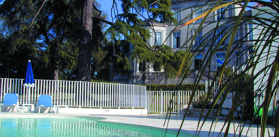 Domaine du Breuil  - Piscine ext&eacute;rieure