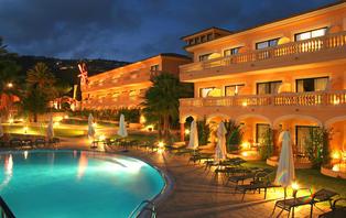 Especial Lujo: Escapada romántica con cena y spa en Puerto de Andratx