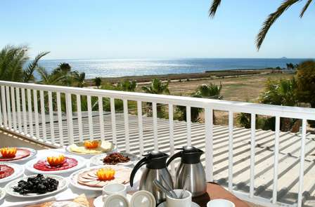 Verano de lujo: mini vacaciones en primera linea de mar, en media pensión y ¡niño gratis!