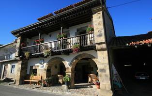 Escapada con cena típica de Cantabria (desde 2 noches)
