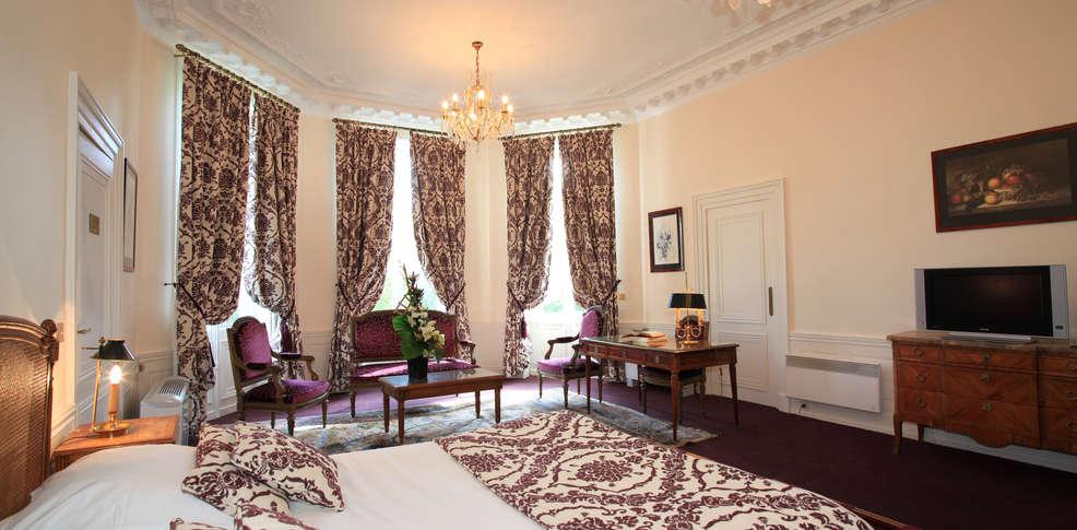 Hotel ch teau de la motte fenelon charmehotel cambrai - Chambre thema parijs ...
